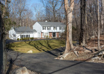 31 Londonderry Drive, Greenwich, CT